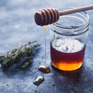 honey-thyme-bundt-cake-01